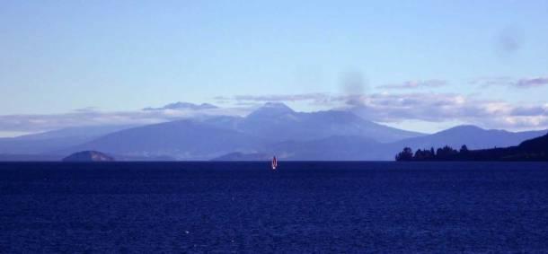 travel, destinations, photography, culture, facts, New Zealand, Kiwi, Taupo Lake